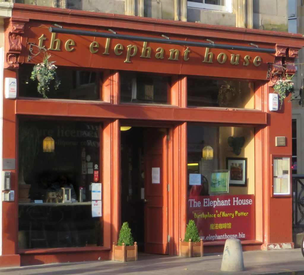 The front of the Elephant House cafe
